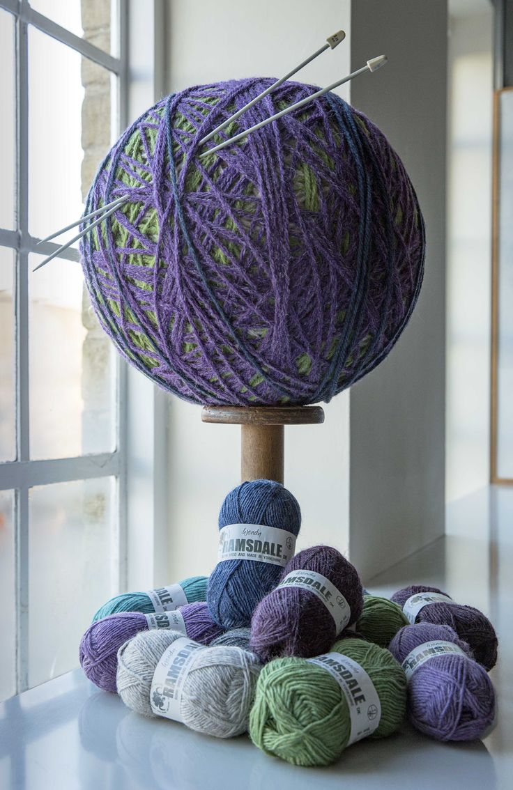 A real Yorkshire yarn! Wendy Ramsdale is 100% wool, made from a blend of Masham fleece, dyed, spun and balled in Yorkshire.