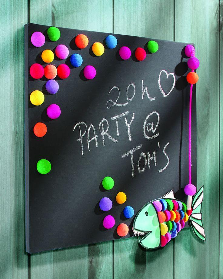 """Kreative Kreidetafel (Idee mit Anleitung – Klick auf """"Besuchen""""!) - Kindern, die öfter mal etwas für die Schule vergessen, sollte man diese nützliche und dekorative Erinnerungshilfe basteln!"""