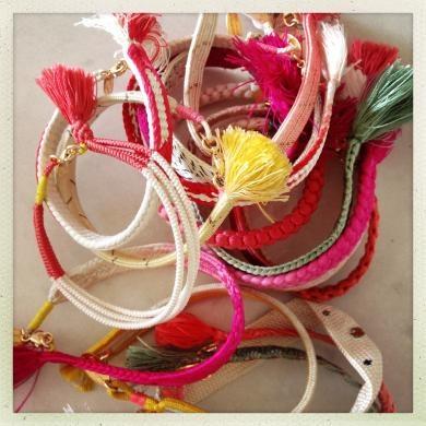 Happy Vintage Silk Bracelet Pink On martefrisnes.com