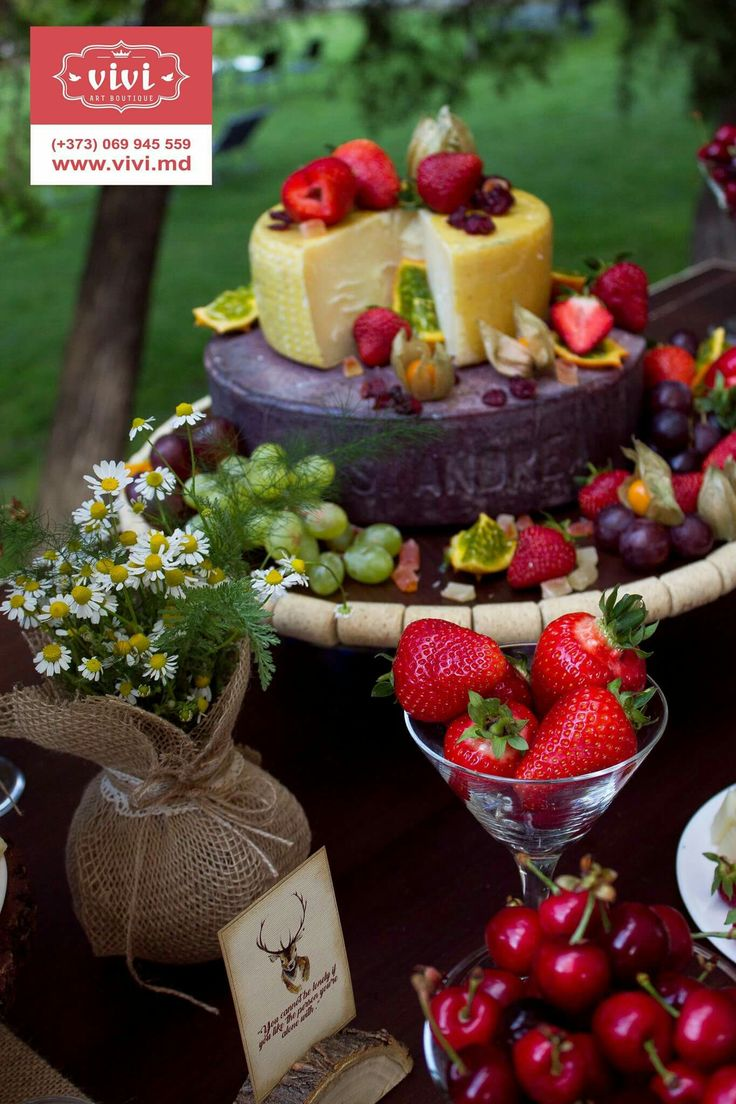 Cheese cake by Vivi Art Boutique Events