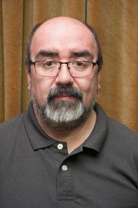 Prof. Carlos Ossa, académico del Departamento de Teoría de las Artes y recientemente Doctor en Filosofía con mención en Estética y Teoría de Arte de la Universidad de Chile.