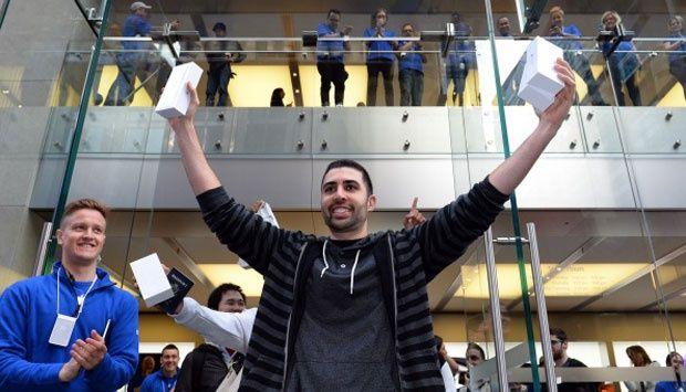 Hari Pertama Penjualan iPhone 6 di Sydney