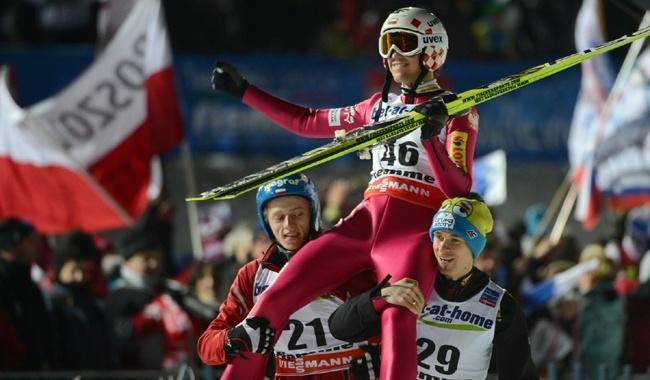 Kamil Stoch zdobył złoty medal mistrzostw świata na dużej skoczni w Val di Fiemme 2013.