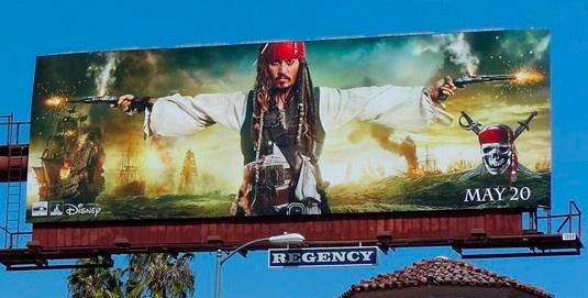 Valla publicitaria - Piratas del Caribe