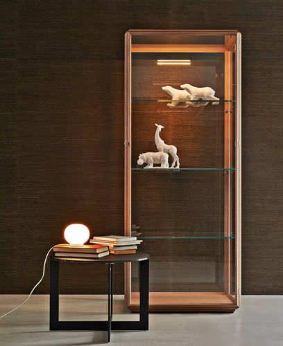 Moderne Vitrine / Holz / Glas / Leucht 45° by Ron Gilad Molteni & C