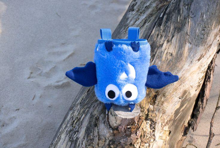 Blue Chalk Bat Chalk Bag by Craftic Climbing