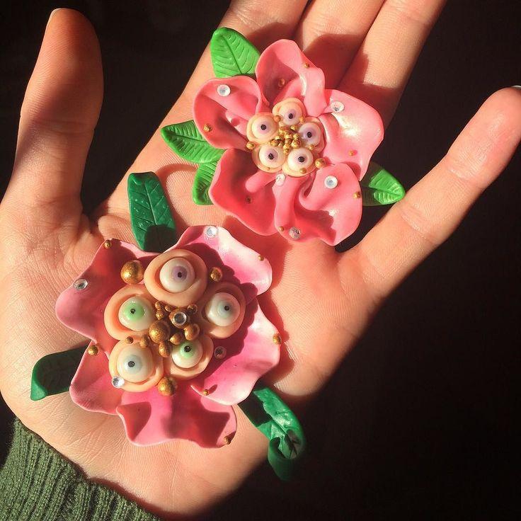 Making creepy flowers