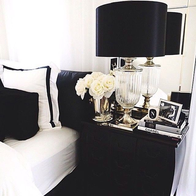 Na Cabeceira. Black White BedroomsBlack Bedroom DecorBlack Bedroom FurnitureSilver  ...
