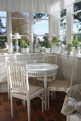 `:  Boards, Breakfast Nooks, Dining Table, Shabby Chic, Sun Porches, Round Tables, Sun Rooms, Corner Window, Sunroom