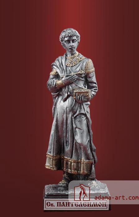 Св. Пантелеимон Целитель (143t) Оловянная миниатюра, Черненое олово Высота статуэтки: 70мм Скульптор: Андрей Сычев