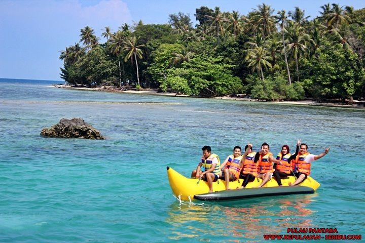 Banana Boat di Pulau Pantara