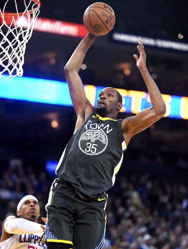 Golden State Warriors Kevin Durant 35 Makes A Basket In The Second Period Of Their Nba Game Against The Warrior Warriors Basketball Team Warriors Basketball