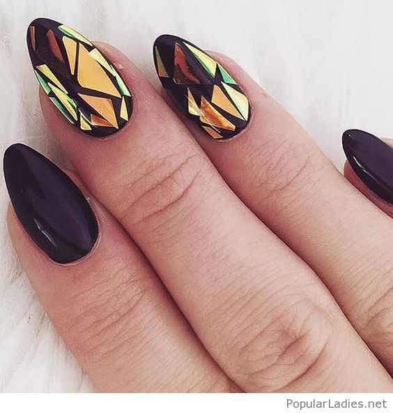cool-black-nails-with-mirror-effect