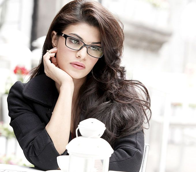 Bollywood star's hot and strong characters dependably engross group of onlookers. Here we have accumulated a list of most hottest Bollywood actresses.