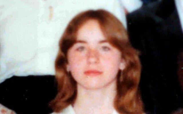 Padre le dijo a la policía que su hija huyó de casa y 24 años después la encontraron aquí