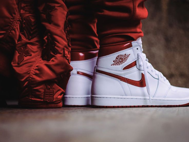 Nike Air Jordan 1 High Metallic Red - 2017 (by whodunelson)
