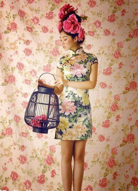 Découvrez la mode asiatique pour les femmes fashion et tendance, une mode colorée, orientale, pas cher, ethnique et tribal chic pour fille originales.