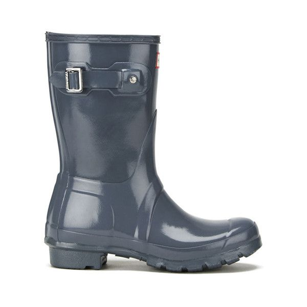 Hunter Women's Original Short Gloss Wellies - Graphite (860 NOK) ❤ liked on Polyvore featuring shoes, boots, grey, short grey boots, buckle boots, wellies boots, ankle boots and gray short boots