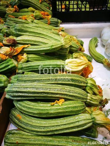 Green squash with blossoms creata da Morgan