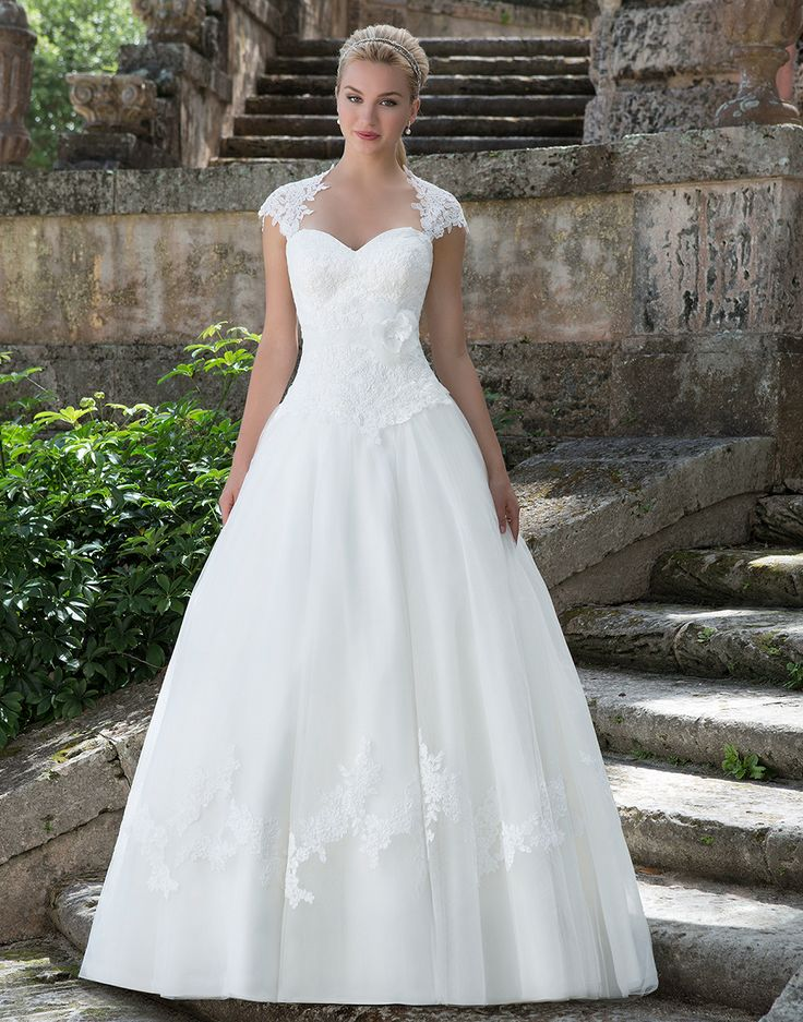 31 best spring 2016 collection images on pinterest for Queen anne neckline wedding dress