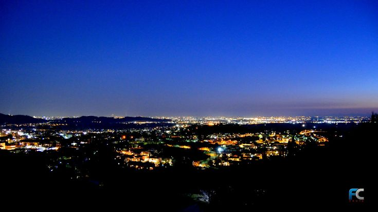 Panorama notturno dalla Santissima, gennaio 2017 - http://www.gussagonews.it/panorama-notturno-santissima-gennaio-2017/