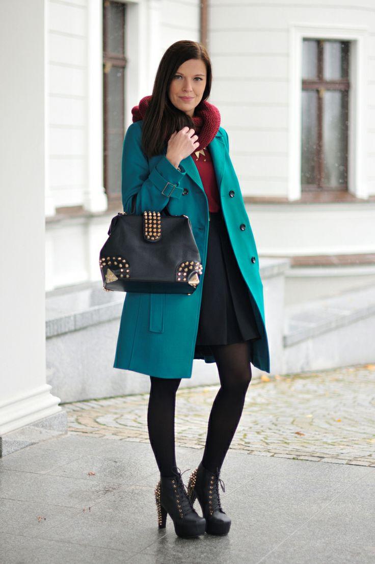 Addicted to Fashion - płaszcz z kolekcji jesień/zima 2012 #moda #danhen #płaszcz #blogerki #styl