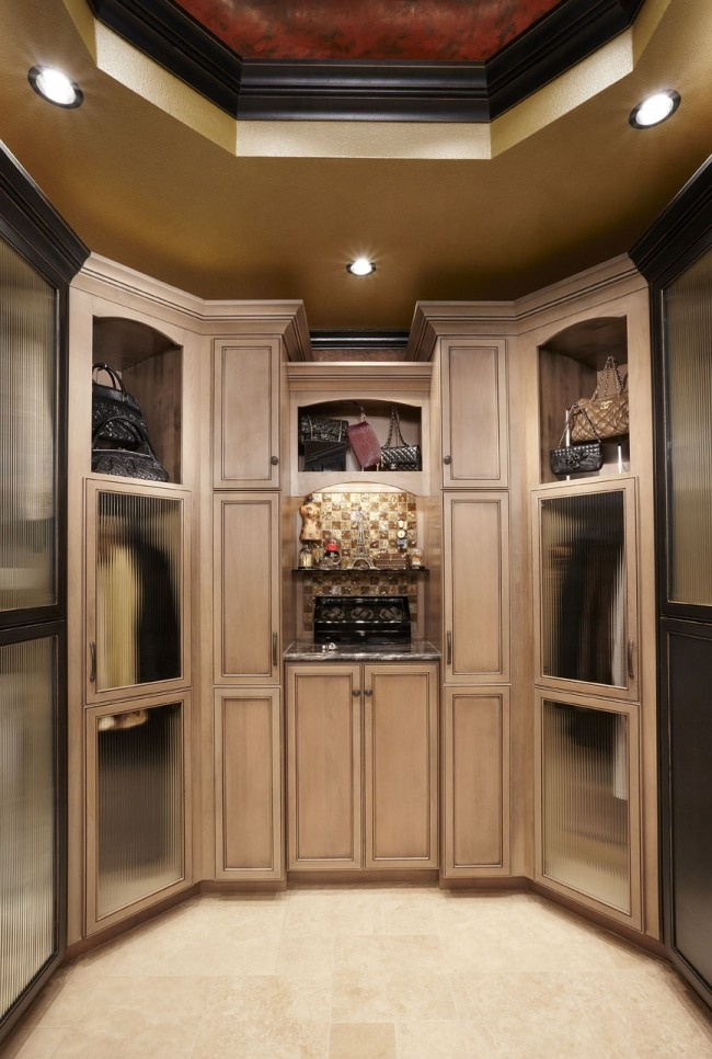 What does your dream closet look like?