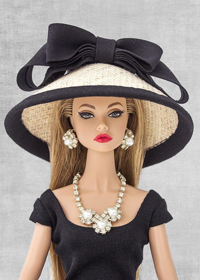 FR Poppy Parker | Sombrero con ribete y lazo negro (Hat w/ black trim & bow)