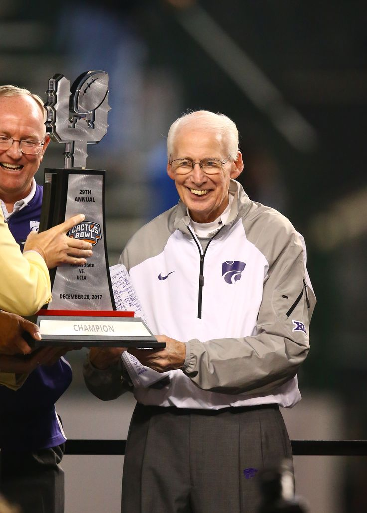 College football bowl scores, 12/26: Kansas State beat UCLA in a very Bill Snyder Way - SBNation.comclockmenumore-arrownoyesHorizontal - WhiteHorizontal - WhiteHorizontal - WhiteHorizontal - WhiteHorizontal - Colbalt : In another round of bowl blowouts, the winning coaches — KSU's Bill Snyder, Utah's Kyle Whittingham, and Duke's David Cutcliffe — burnished their respective legacies.