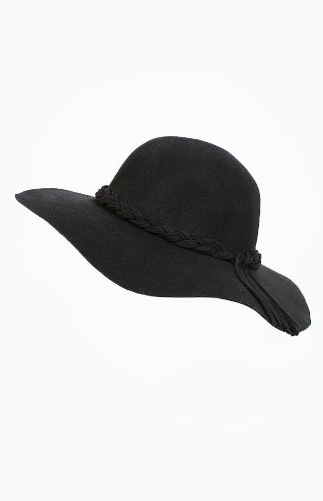 Garnish Hat - shop it here: http://beginningboutique.com.au/garnish-hat