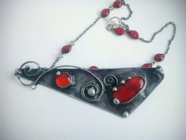 Cínovaný šperk z autorské dílny Qtáček
