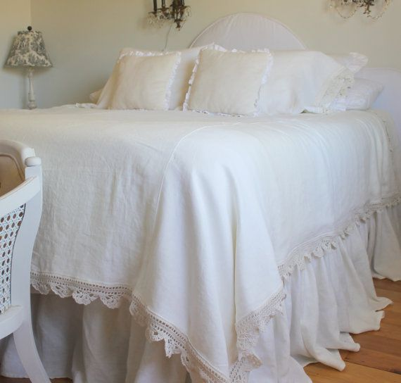 Heirloom Collection Queen Linen Duvet Cover by