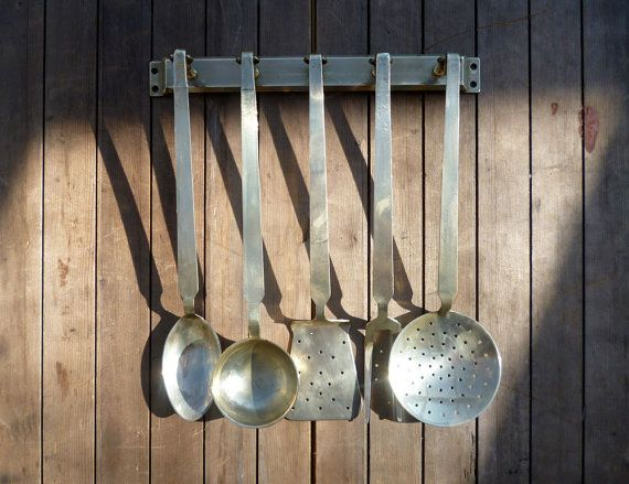 Brass Kitchen Utensil Set, Brass Cookware, Kitchen Utensils With Kitchen  Utensil Rack, Vintage Brass, Set Of Utensils, Vintage Kitchen Tools