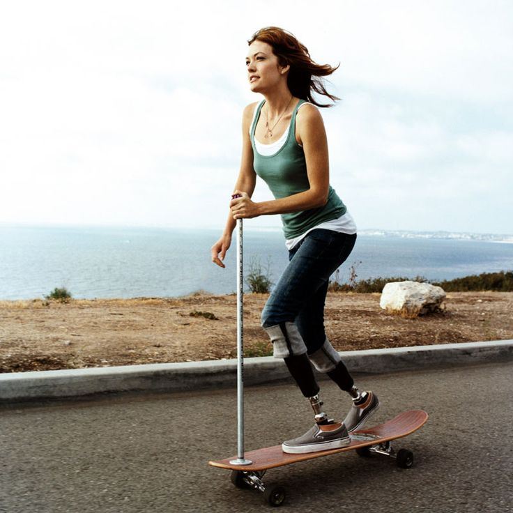 Action Figure Amy Purdy Works with Disabled Athletes