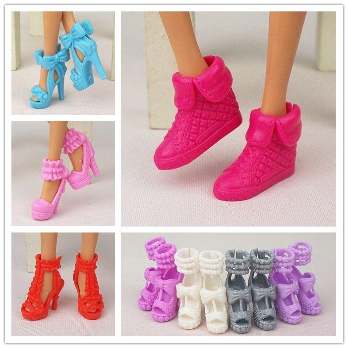 192 69rub 5 Skidka Originalnaya Obuv Dlya Kukol Raznyh Stilej Modnye Sovremennye Aksessuary Na Vysokom Kabluke Sandalii Dlya Kukol Barbie Kurhn Podarok Na D Doll Shoes Barbie Shoes Fashion Shoes