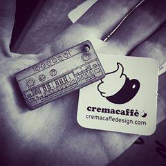 #Repost @patriwiki ・・・ @cremacaffeshop Muchísimas gracias!!! @_hys__ 😍 Per sempre a les nostres claus! #cremacaffedesign #tb303 #newlife #newhouse #yaquedamenos #love ・・・ http://cremacaffedesign.com/keychains