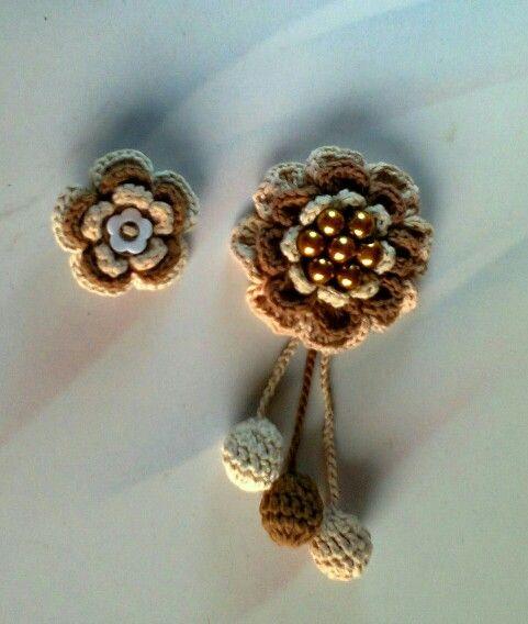 Couple brooch