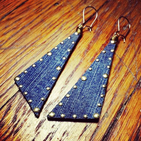 Accessorize in the day and transition into knight with perfection. These Scalene Triangle Denim earrings are edgy and sophisticated. Denim with gold