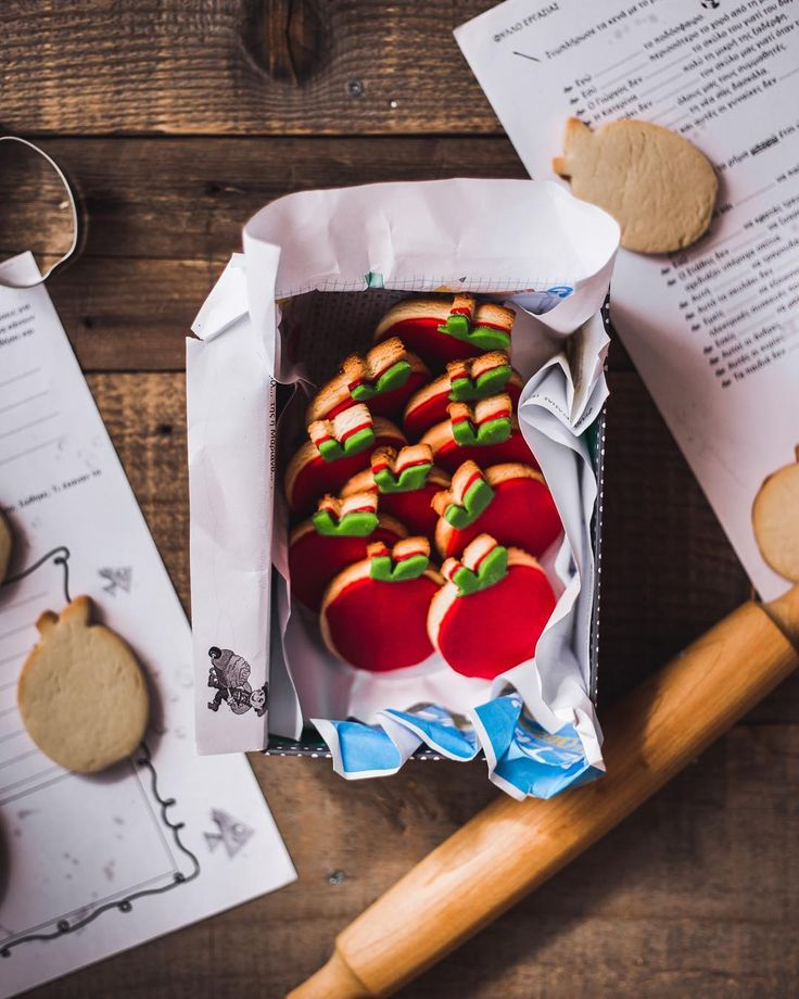 Best 25+ Alphabet Cake Ideas On Pinterest