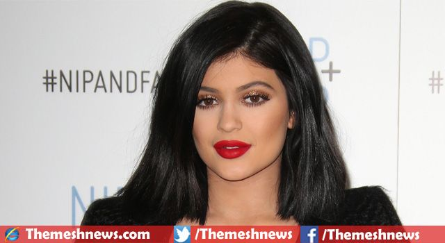 American so popular socialite Kardashian-Jenner clan's one of the youngest seductive stars, Kylie Jenner was born on 10 August, 1997 in Los Angeles,