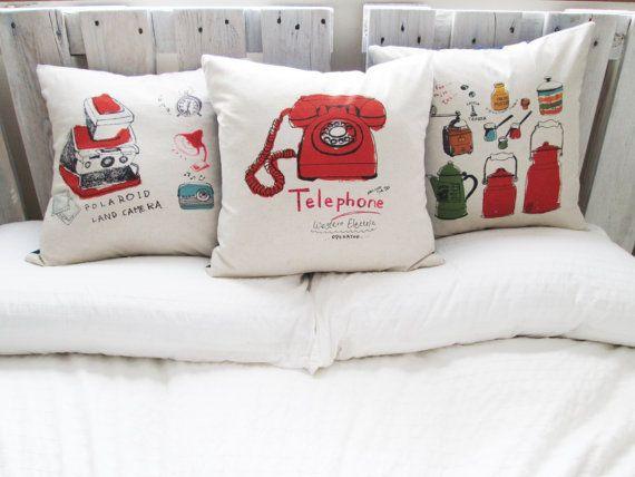 Cotton/linen throw pillows by designbysewandsew