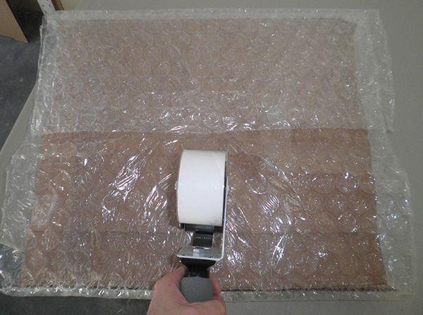 how to make a bubble wrap dispenser