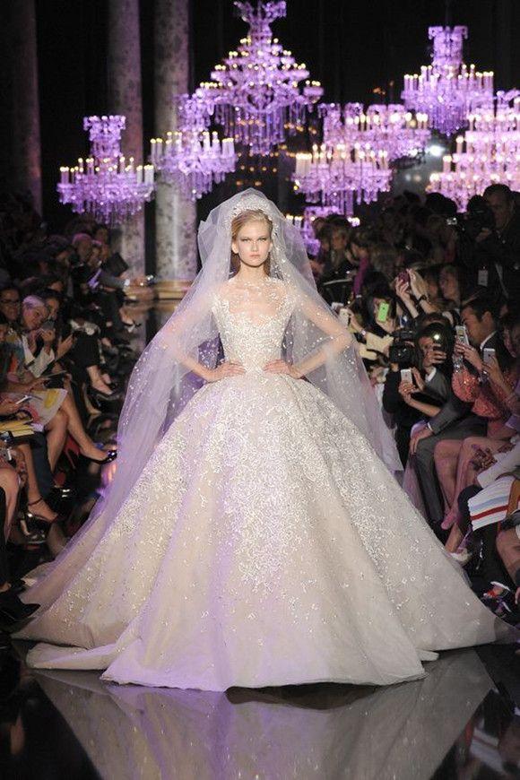 1 Elie Saab Brautkleider Spitze Ballkleider Hochzeit Hochzeit 2015: Brautkleider Trends vorhersagen