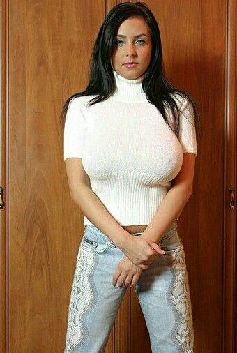 Ewa Sonnet - wardrobe
