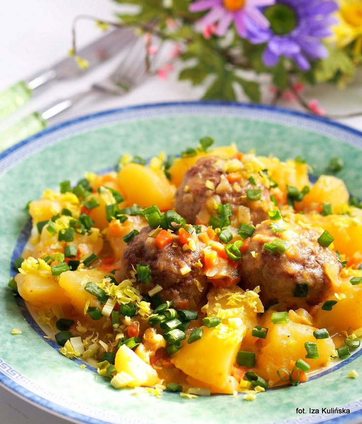 Klopsiki duszone w warzywach - obiad jednogarnkowy...