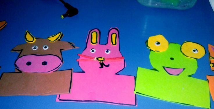 Finger pets for introducing animal words in class to little children