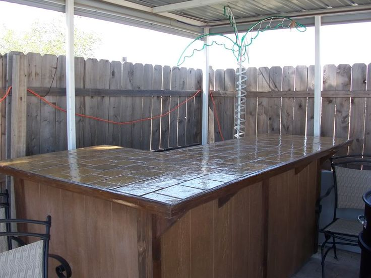 Homemade patio bars cowgirl 39 s country life building my for Indoor bar design