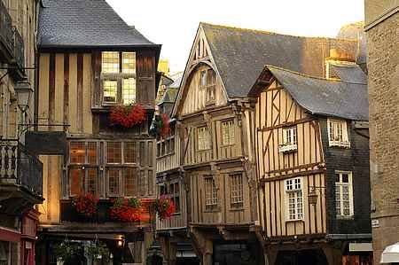 Dinan, ville médiévale en Bretagne