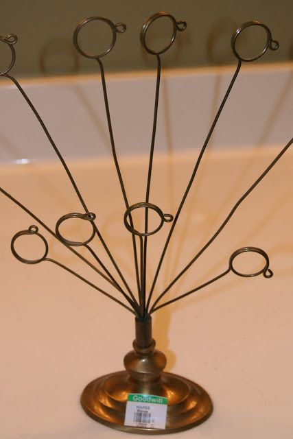 Mamie Jane's: Holiday Project #1 - Wire Picture Holders