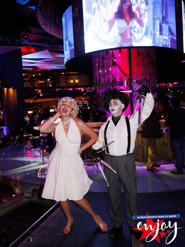 Hollywood se tomó Enjoy Santiago con la guapa Marilyn Monroe y el Joven manos de tijeras.